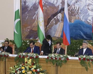 الكرملين: رؤساء روسيا وافغانستان وباكستان وطاجكستان يعقدون لقاءا رباعيا في مدينة سوتشي يوم 18 اغسطس/آب