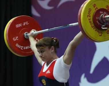 الرباعون الروس يحرزون ذهبيتين في دورة الألعاب الأولمبية الصيفية للشباب