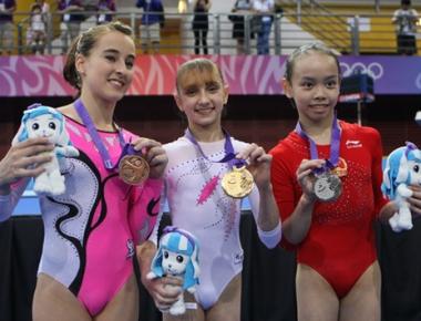 توجت الروسية كوموفا بذهبية الجمباز  في دورة الألعاب الأولمبية الصيفية للشباب