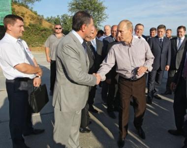 بوتين: روسيا لم تتخط بعد الازمة المالية الاقتصادية