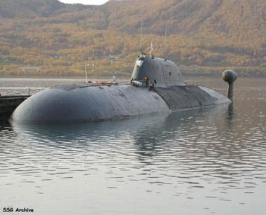 تقرير: غواصة تجسس روسية في المياه الاقليمية البريطانية