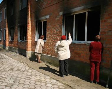 مصرع 4 أشخاص في حريق بدار للمسنين بمقاطعة كوستروما الروسية