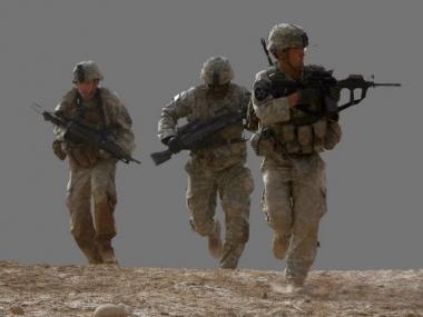 مقتل 4 جنود امريكيين في انفجار عبوة ناسفة شرق افغانستان