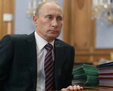 بوتين: تطوير شمال القوقاز اقتصاديا واجتماعيا آلية هامة لتطبيع الوضع في الإقليم