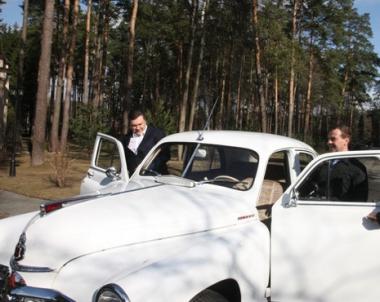 قمة روسية اوكرانية .. سياسة وراء مقود السيارة