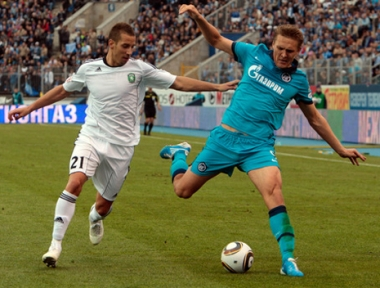 تعثر زينيت متصدر الدوري الروسي الممتاز لكرة القدم أمام تيريك