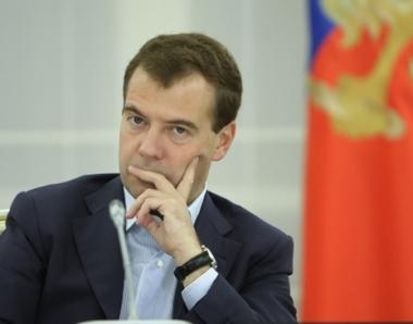مدفيديف يرحب بالاستثمارات الصينية في الاقتصاد الروسي