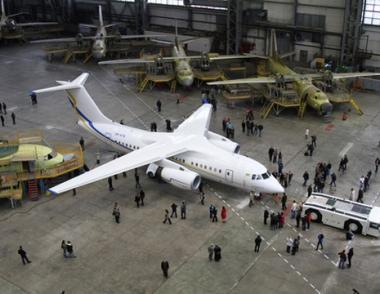 اوكرانيا وايران تنويان تصنيع 160 طائرة  من طراز
