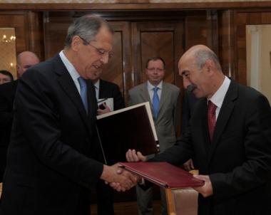 موسكو وتسخينفال تبرمان اتفاقية لتبادل البعثات الدبلوماسية