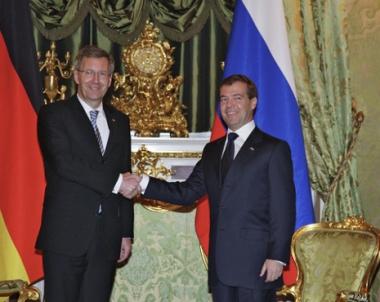 مدفيديف: مبادرة روسيا حول المعاهدة الجديدة للامن الاوروبي لا تزال قائمة