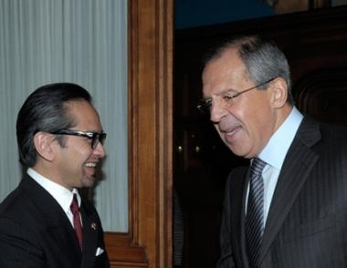 وزيرا خارجية روسيا واندونيسيا يبحثان تطوير العلاقات الثنائية بين البلدين