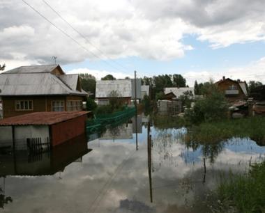 ارتفاع حصيلة الضحايا جراء فيضانات جنوب روسيا الى 14 شخصا