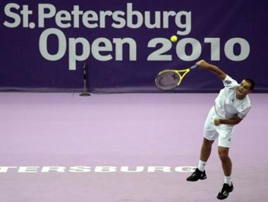يوجني يواجه هانيسكو في ربع نهائي سان بطرسبورغ