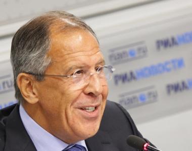 لافروف: روسيا لن تشارك في منظومة الدرع الصاروخية الأوروبية الا على أساس التكافؤ الكامل