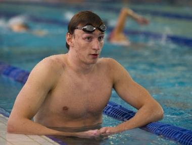 الروسي إيزوتوف يتوج بذهبية 100 م سباحة حرة في أوروبا