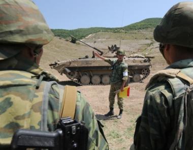 مصدر عسكري روسي: روسيا لا تجري مفاوضات حول اقامة قواعد جديدة في الخارج