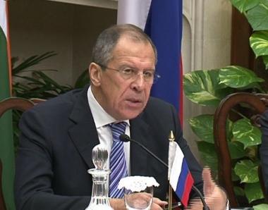 وزيرا خارجية روسيا والهند يبحثان تحضيرات زيارة مدفيديف الى نيودلهي