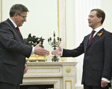 مدفيديف الى بولندا في اشارة جديدة لدفء العلاقات