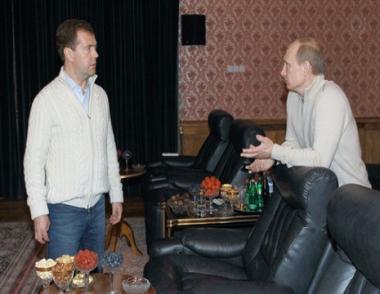 مساعد الرئيس الروسي: مدفيديف يرغب الترشح للرئاسة عام 2012