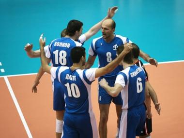 دينامو موسكو يستعيد توازنه في بطولة العالم للأندية في الكرة الطائرة