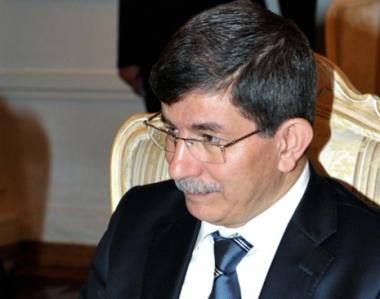 داوود اوغلو: تطبيع العلاقات التركية ـ الارمنية يتعلق بحل قضية قره باغ