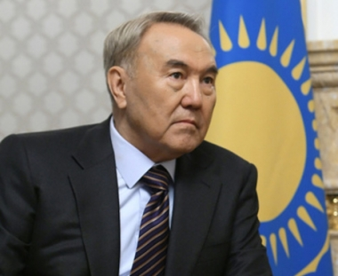 كازاخستان.. حملة لتمديد فترة رئاسة نور سلطان نزاربايف