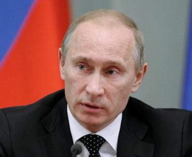 بوتين: سنتخذ قرارا بشأن الترشح للرئاسة في عام 2012 بالتنسيق مع الرئيس مدفيديف