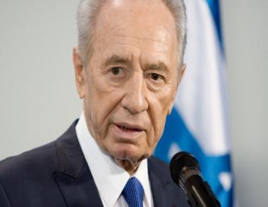 بيريز يعتذر لمدفيديف عن فشل تحضير زيارته إلى إسرائيل