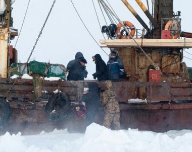 غرق سفينة صيد قرب سواحل جزيرة سخالين الروسية و14 بحارا في عداد المفقودين