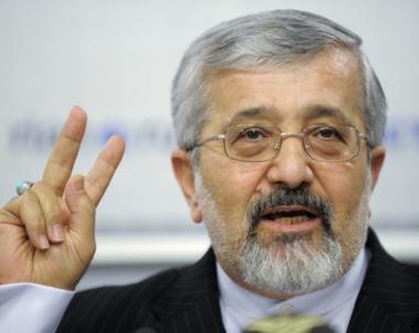 سلطانية : ايران ستستمر بتخصيب اليورانيوم حتى لو تلقت ضربة عسكرية