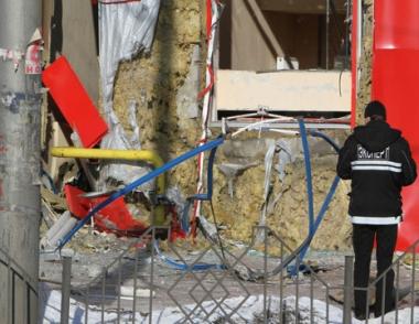 رئيس أوكرانيا يقطع زيارته إلى اليابان اثر انفجارين بإحدى المدن الأوكرانية