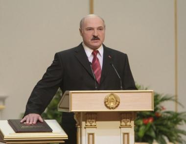 في غياب سفراء الاتحاد الاوروبي لوكاشينكو يؤدي القسم الدستوري لولايته الرابعة في منصب رئيس بيلاروس
