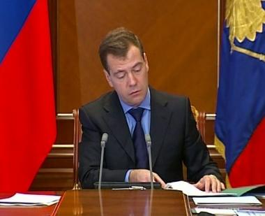 مدفيديف يقيل مسؤولا كبيرا في وزارة الداخلية بعد العملية الارهابية في مطار دوموديدوفو