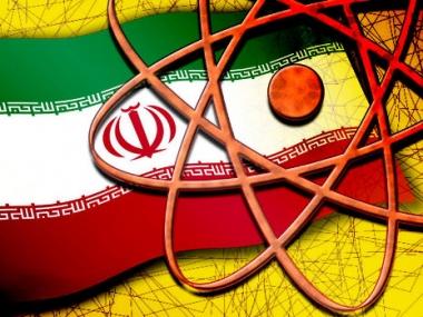 ايران ترفض تصريحات لوزير الدفاع البريطاني يتهمها فيها بالسعي لامتلاك سلاح نووي عام 2012