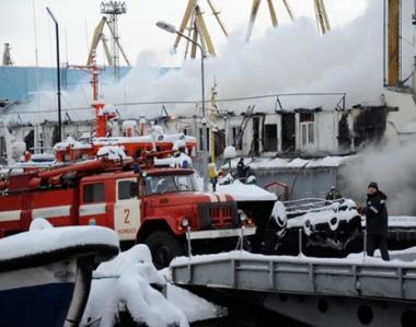 مصرع 8 أشخاص وفقدان 7 آخرين في حريق بمستودع للمواد الكيميائية بوسط روسيا