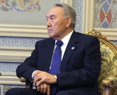 الرئيس الكازاخي نور سلطان نزاربايف يوافق على ترشيح نفسه لولاية جديدة