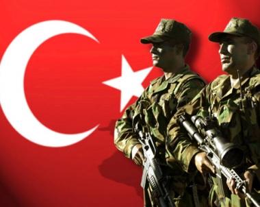 زعماء المعارضة التركية يتهمون طيب اردوغان باهانة الجيش التركي