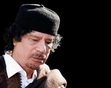 ازدياد حدة الاشتباكات في بنغازي الليبية وانباء عن سقوط اكثر من 500 بين جريح وقتيل