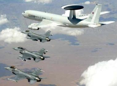 اهم الطائرات الحربية المشاركة في