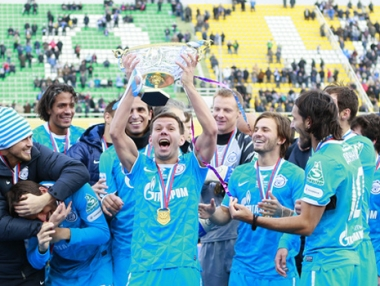 زينيت يتوج بلقب بطل كأس السوبر على حساب تسيسكا