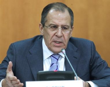 لافروف: موسكو تدعو الدول العربية الى تحديد اقتراحاتها بشأن فرض حظر الطيران على ليبيا