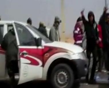 نهب واعتداء على المارة من قبل قطاع الطرق في ليبيا