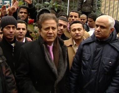 السفير اليمني في موسكو يعلن تأييده للثورة السلمية في اليمن