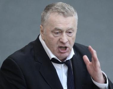 جيرينوفسكي لا يستبعد اتخاذ قرار دولي جديد يجيز القيام بعملية برية ضد ليبيا