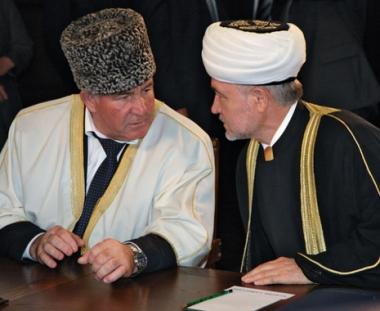 مسلمو روسيا يبحثون قضايا المجتمع الروسي