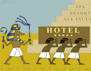 مصر تأمل بأن يعود السائح الروسي إلى منتجعاته السياحية