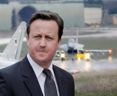 بريطانيا ترسل قاذفات قنابل اضافية لقصف ليبيا
