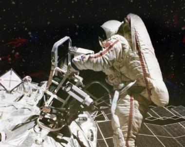 رواد الفضاء ، المخترعون و العلماء