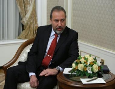 ليبيرمان يشك في أن التغييرات الحالية في الشرق الأوسط وشمال أفريقيا ستؤدي إلى الخير