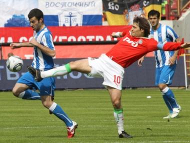 لوكوموتيف موسكو يفوز على فولغا بهدف يتيم